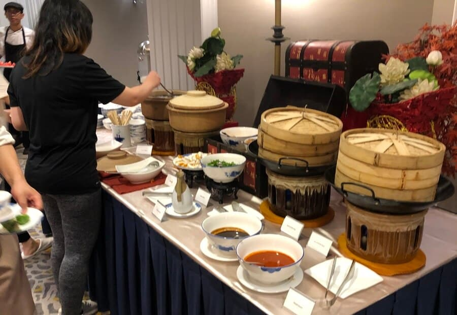 The chinese food at the Marriot breakfast buffet are somewhat limited.